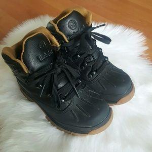 Timberland little boys black duck boot Sz 13.5